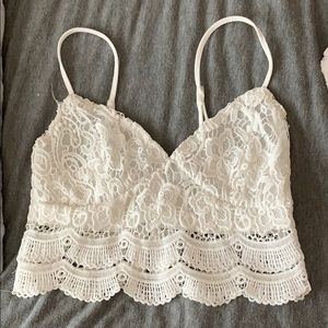Lace Kendall & Kylie Crop